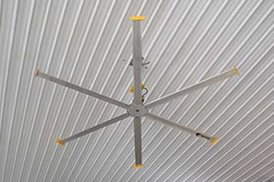 Pole Barn Fan_Big Ass Ceiling Fan