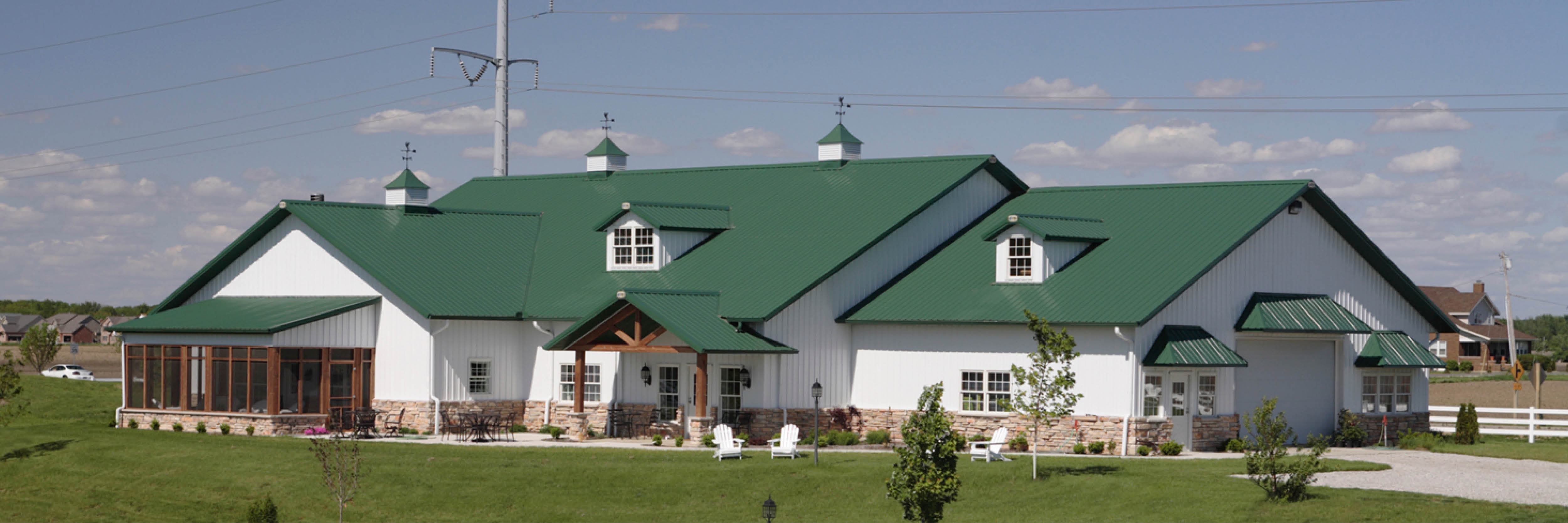 Who Builds Pole Barn Homes in Illinois?